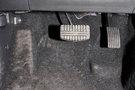 Дополнительно: Воздуховоды подвода теплого воздуха к ногам задних пассажиров,  два подстаканника на передней консоли, место для подстаканников в заднем подлокотнике, площадка для отдыха левой ноги водителя