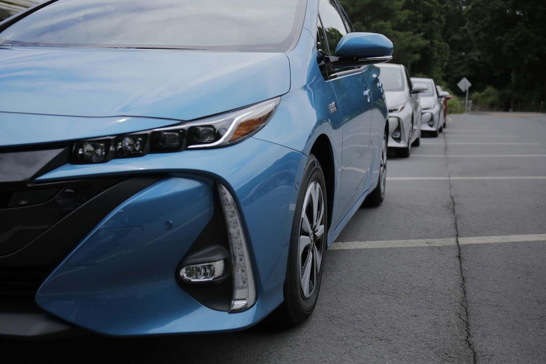 Toyota | Бизнес Кар – официальный дилер Тойота в Москве ...