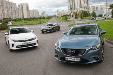 Сравнительный тест-драйв: Kia Optima, Toyota Camry и Mazda 6. Кто в классе хозяин?