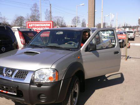 Nissan NP300 2009 - отзыв владельца