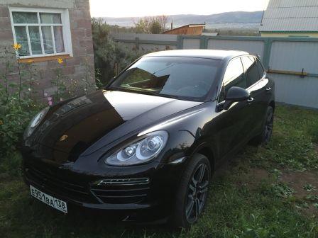 Porsche Cayenne 2010 - отзыв владельца