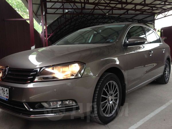 Volkswagen Passat, 2011 год, 950 000 руб.