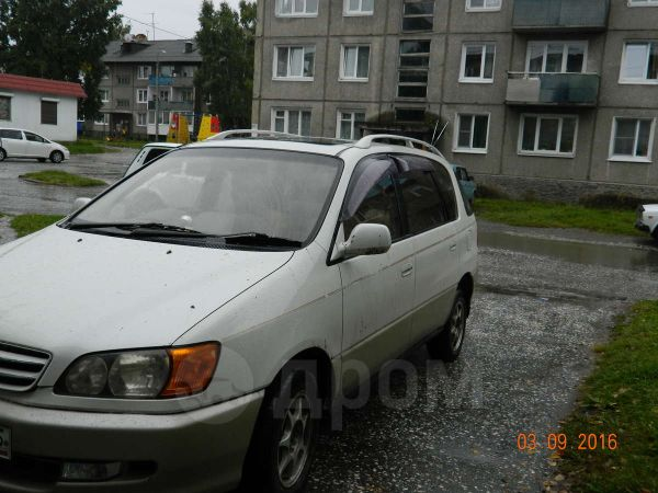 Toyota Ipsum, 1999 год, 287 500 руб.