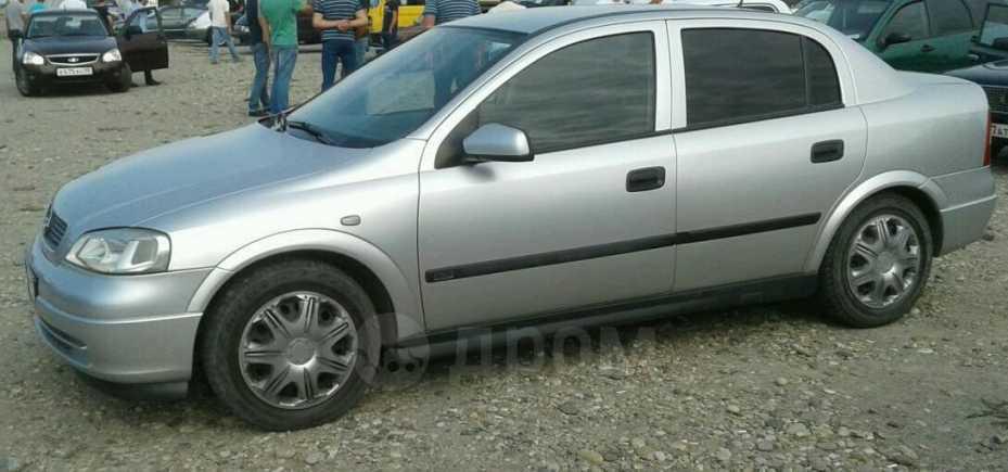 Opel Astra GTC, 2003 год, 350 000 руб.