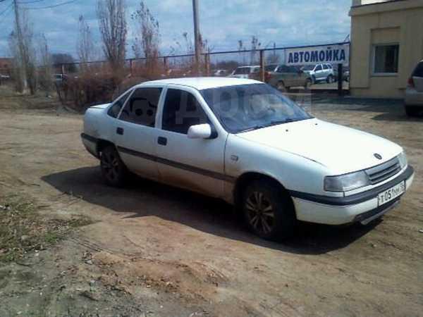 Opel Vectra, 1989 год, 60 000 руб.