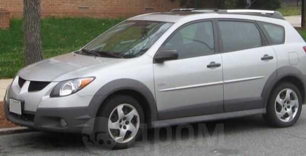 Pontiac Vibe, 2003 год, 400 000 руб.