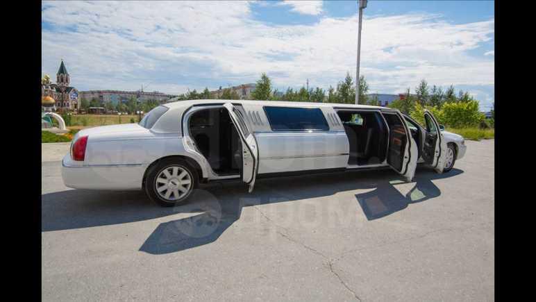 Lincoln Town Car, 2003 год, 750 000 руб.