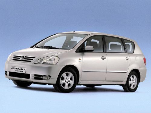 Toyota Avensis Verso 2001 - 2003