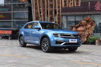 Zotye Damai X7 оснащают 1,8-литровым бензиновым турбомотором мощностью 170 л.с., агрегатированным с 5-ступенчатой механической коробкой передач.