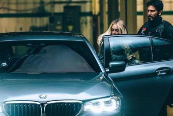 Выпуск фильма приурочен к пятнадцатилетней годовщине выхода оригинальной короткометражки «BMW напрокат» (The Hire), в которой использовалась BMW 5 серии в кузове E39.