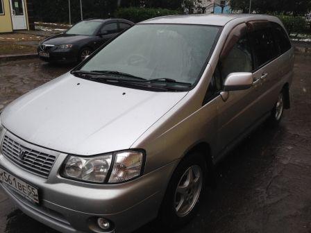 Nissan Liberty 1999 - отзыв владельца
