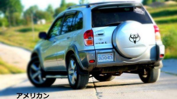 Toyota RAV4 2001 - отзыв владельца