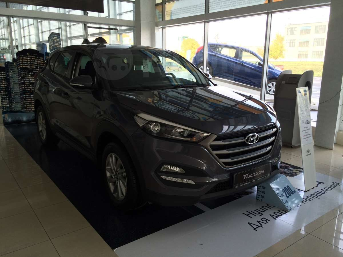 hyundai tucson 2 0 mt 2wd comfort. Black Bedroom Furniture Sets. Home Design Ideas