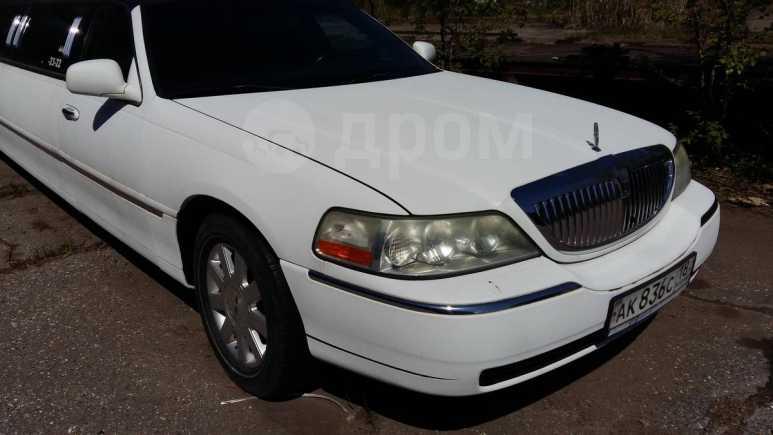 Lincoln Town Car, 2003 год, 420 000 руб.