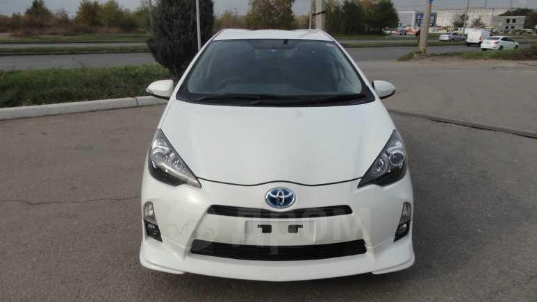 Toyota Aqua, 2012 год, 665 000 руб.