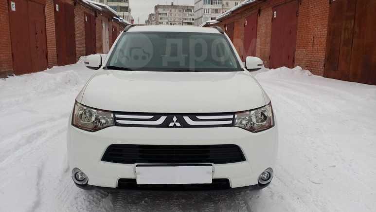 Mitsubishi Outlander, 2013 год, 1 050 000 руб.