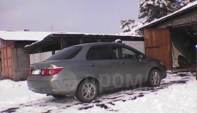 Honda Fit Aria, 2006 год, 240 000 руб.