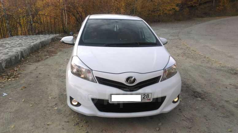 Toyota Vitz, 2011 год, 459 000 руб.