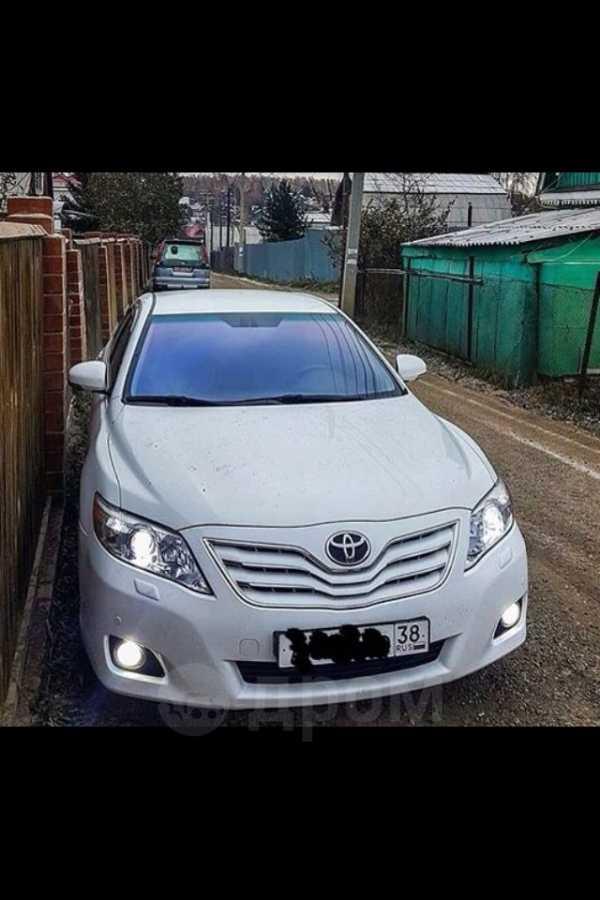 Toyota Camry, 2011 год, 990 000 руб.