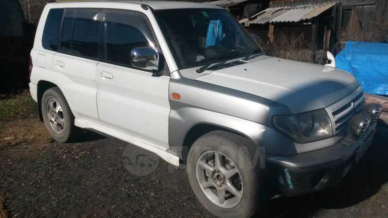 Mitsubishi Pajero iO, 2000 год, 220 000 руб.