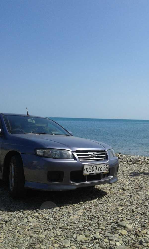Nissan Avenir, 2003 год, 245 000 руб.