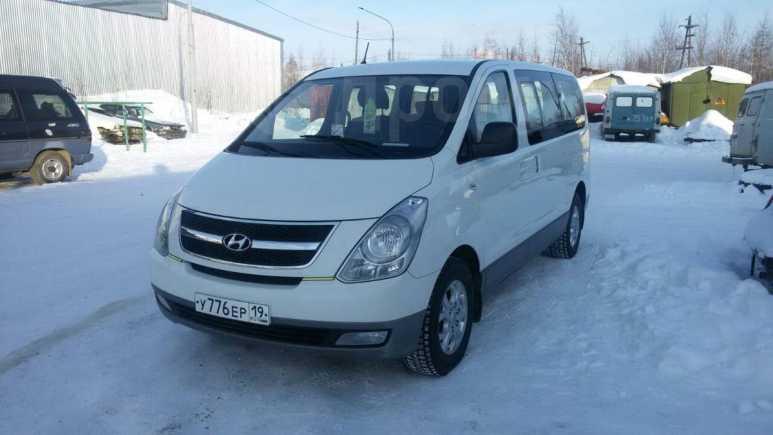Hyundai Grand Starex, 2011 год, 890 000 руб.
