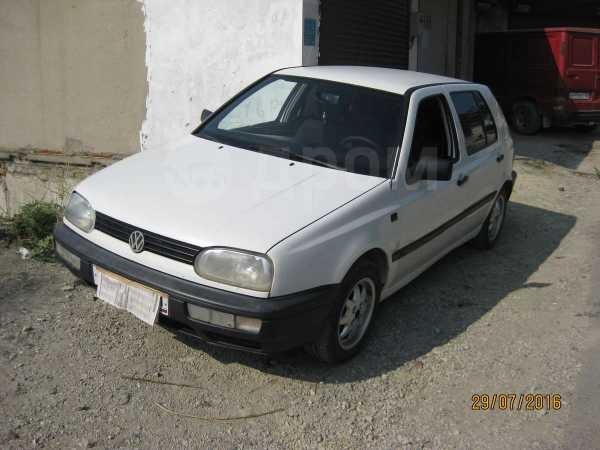 Volkswagen Golf, 1995 год, 125 000 руб.