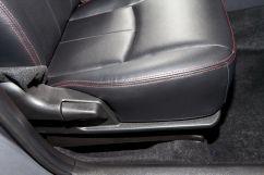Регулировка передних сидений: Регулировка водительского сиденья в 3-х направлениях, Регулировка переднего пассажирского сиденья в 2-х направлениях