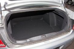 Вместимость багажника, л: 560