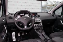 Peugeot 408 1.6 HDI MT Style (03.2016 - 05.2017)