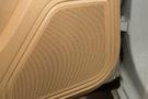 Дополнительное оборудование аудиосистемы: Акустическая система Sound Package Plus с 10 динамиками и усилителем