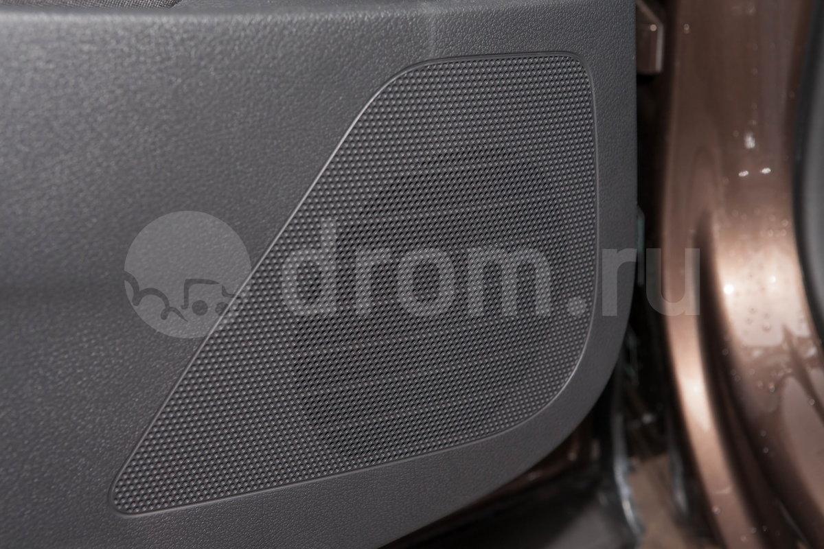 Дополнительное оборудование аудиосистемы: аудиосистема Composition Colour, 8 динамиков, антенна, AUX