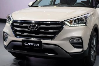 В Латинской Америке Hyundai Creta будут предлагать с бензиновыми моторами 1.6 и 2.0 мощностью 130 и 166 л.с. соответственно.
