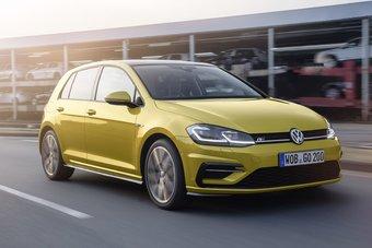 Стандартным мотором для Гольфа в Европе станет новый 1,5-литровый турбодвигатель с нагнетателем с переменной геометрией и функцией деакцивации половины цилиндров.