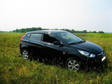 Hyundai Solaris 2011 отзыв автора | Дата публикации 05.11.2016.