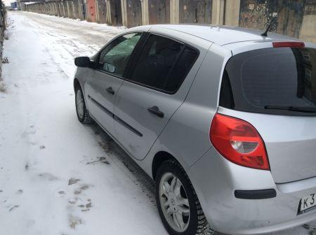 Renault Clio 2006 - отзыв владельца