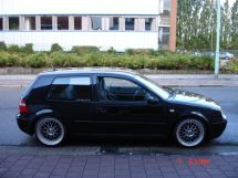 Volkswagen Golf, 2002
