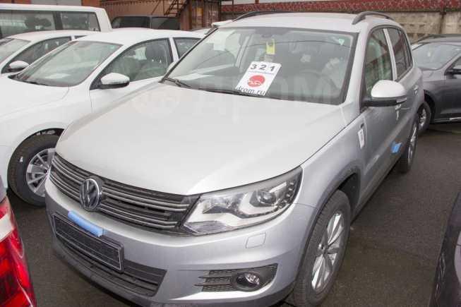 Volkswagen Tiguan, 2016 год, 1 566 660 руб.