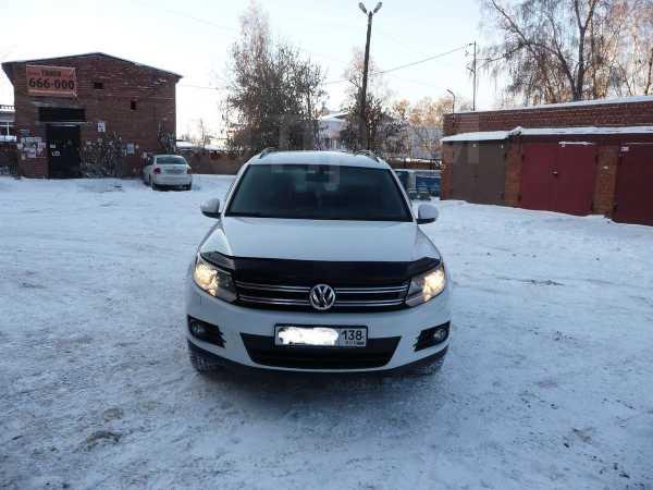 Volkswagen Tiguan, 2014 год, 800 000 руб.