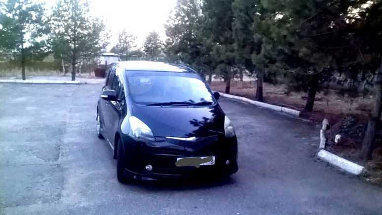 Toyota Ractis, 2007 год, 430 000 руб.
