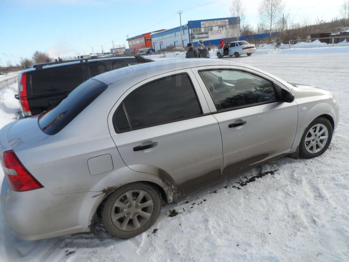 chevrolet aveo седан 2010 + бензобак