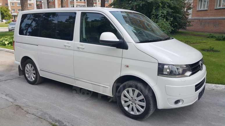 Volkswagen Multivan, 2013 год, 2 100 000 руб.