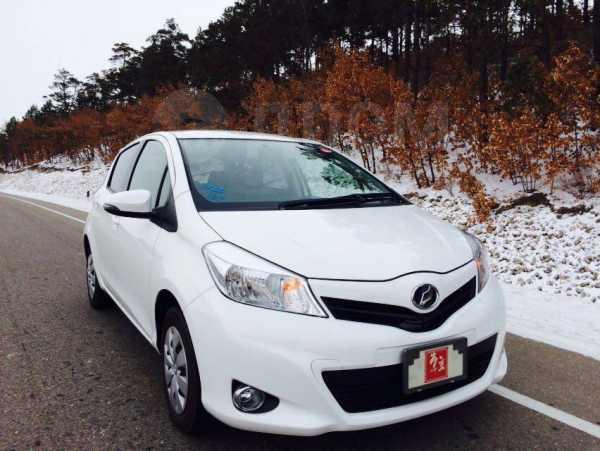 Toyota Vitz, 2012 год, 460 000 руб.