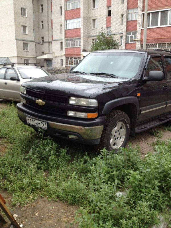 Chevrolet Tahoe, 2004 год, 585 000 руб.