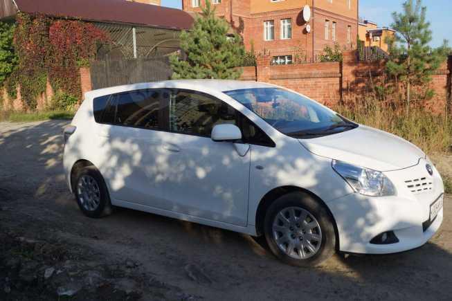 Toyota Verso, 2012 год, 780 000 руб.