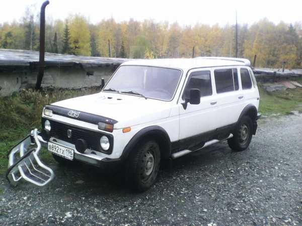 Лада 4x4 2131 Нива, 2003 год, 130 000 руб.