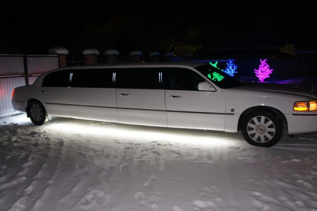 Lincoln Town Car, 2005 год, 800 000 руб.