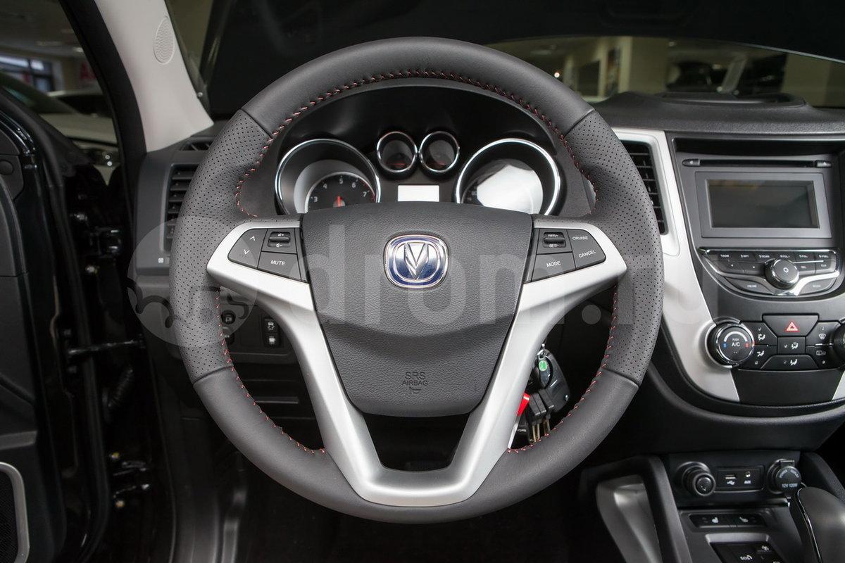 Кожаная оплетка рулевого колеса: опция