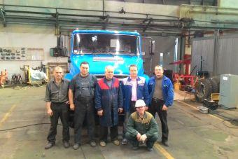 Машину собрали в Прессово-сварочном цехе завода, одном из немногих подразделении продолжающих работу по сей день.