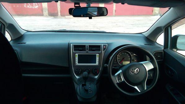 Toyota Ractis 2012 - отзыв владельца